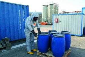 Kombinezony ochronne zapewniają wysoki stopień ochrony pracownika